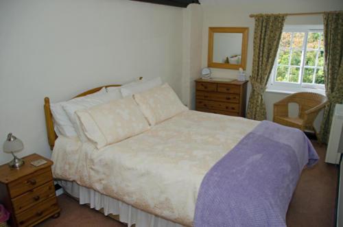Hope Cottage 2 (Master Bedroom)